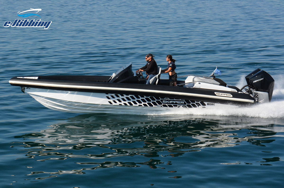 Skipper 4X 90 – Twin 250hp 4.6L V8 Verados